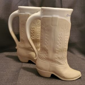 Ceramic boot woth handles